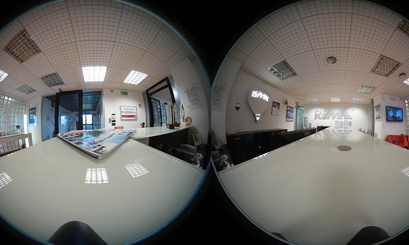 Header image for 360º video in Safari